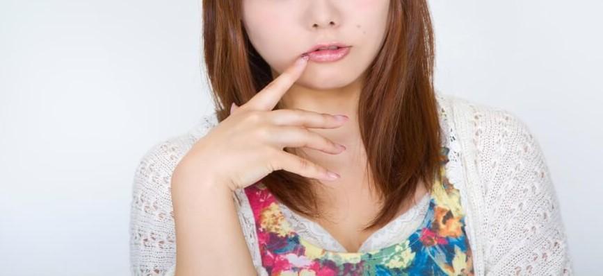 bsN112_kuchibiruwomottekuru (1)
