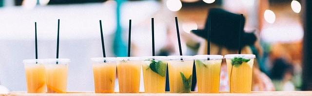 drinks-923380_640